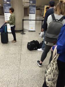 Ordning och reda i redan iavgångshallen i Toronto station.
