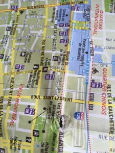 Boulevard Saint Laurent delar fransk- och engelsktalande i Montréal, men språkgränserna börjar luckras upp.