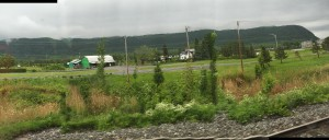 Från tågfönstret, på väg från Quebec till Montréal.